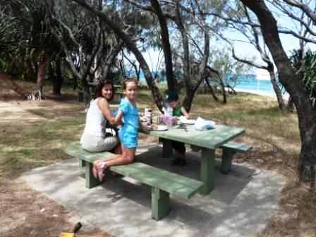 Picknick with Barbecue on Mooloolaba beach.